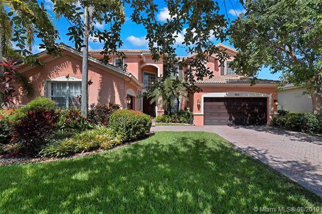 3933 E Hibiscus St, Weston, FL 33332 (MLS #A10721611) :: Berkshire Hathaway HomeServices EWM Realty
