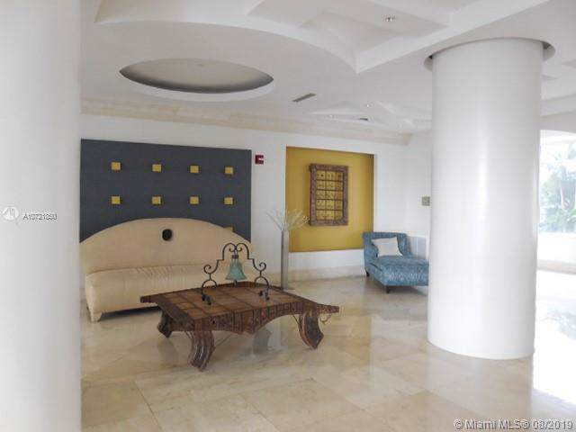 5333 Collins Ave #704, Miami Beach, FL 33140 (MLS #A10721850) :: Grove Properties