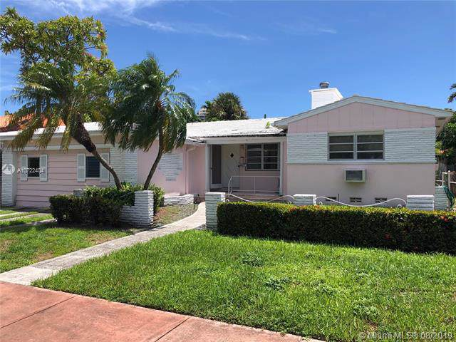 5515 La Gorce Dr, Miami Beach, FL 33140 (MLS #A10722404) :: Castelli Real Estate Services
