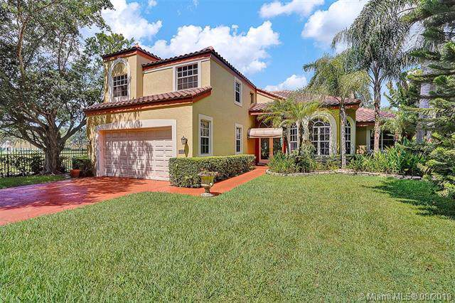 11409 Knot Way, Cooper City, FL 33026 (MLS #A10723898) :: The Teri Arbogast Team at Keller Williams Partners SW
