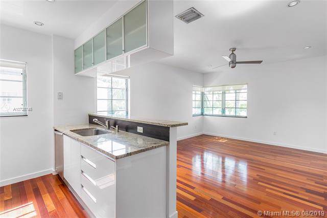 1035 15th St #18, Miami Beach, FL 33139 (MLS #A10725745) :: Castelli Real Estate Services