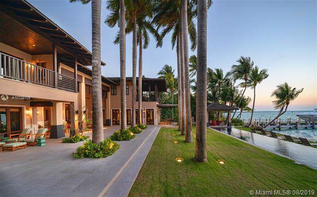 9 Harbor Pt, Key Biscayne, FL 33149 (MLS #A10728109) :: The Riley Smith Group