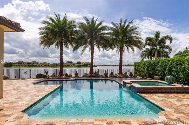 8880 Edgewater Pl, Parkland, FL 33076 (MLS #A10728465) :: The Kurz Team