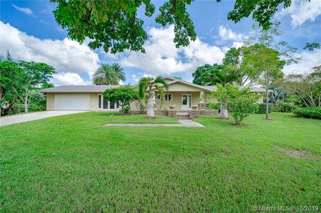 17501 SW 70th Pl, Southwest Ranches, FL 33331 (MLS #A10729392) :: The Teri Arbogast Team at Keller Williams Partners SW