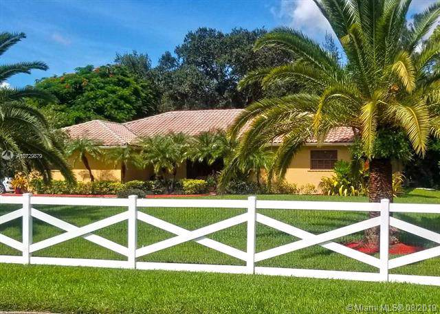5301 SW 164th Ter, Southwest Ranches, FL 33331 (#A10729879) :: Real Estate Authority
