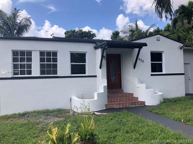 920 NE 80th St, Miami, FL 33138 (MLS #A10731666) :: Ray De Leon with One Sotheby's International Realty