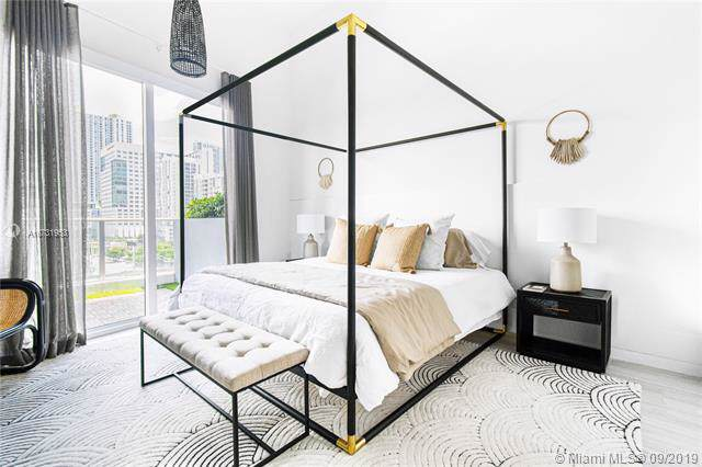 1010 SW 2nd Ave #505, Miami, FL 33130 (MLS #A10731953) :: The Paiz Group