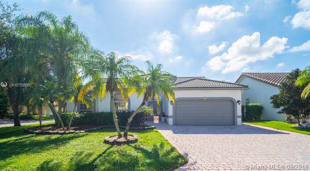 5377 NW 57th Way, Coral Springs, FL 33067 (MLS #A10733593) :: Castelli Real Estate Services