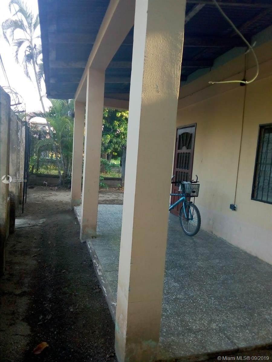 Honduras Colonia Pineda - Photo 1
