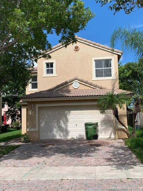 1567 SE 20th Ter, Homestead, FL 33035 (MLS #A10734848) :: Grove Properties