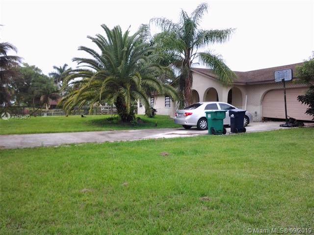 21455 SW 236th St, Homestead, FL 33031 (MLS #A10734877) :: Laurie Finkelstein Reader Team