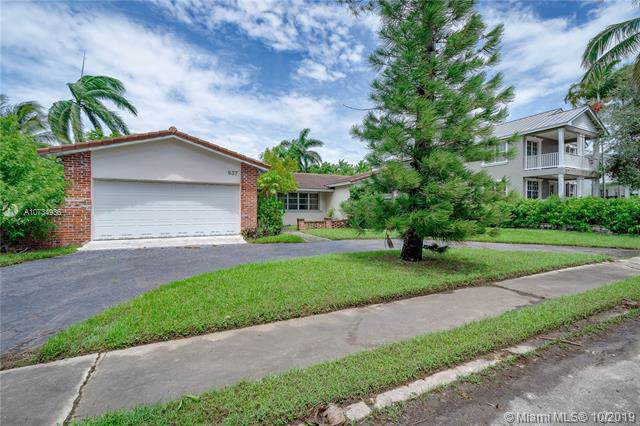 937 Adams St, Hollywood, FL 33019 (MLS #A10734936) :: Ray De Leon with One Sotheby's International Realty
