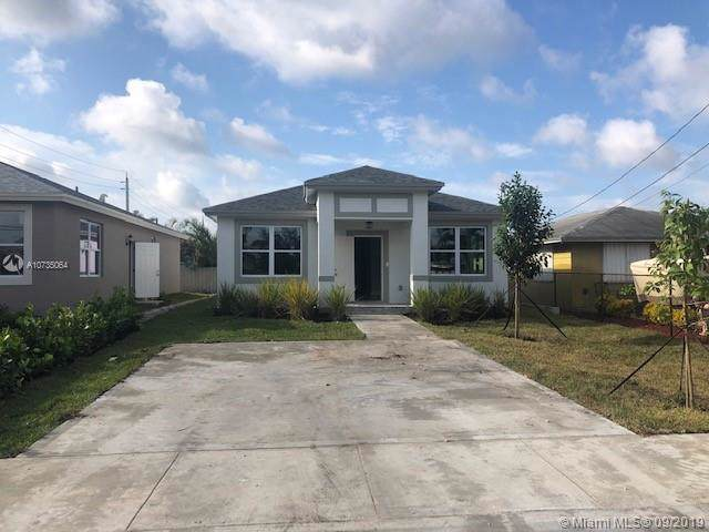 280 NE 35 ST, Oakland Park, FL 33334 (MLS #A10735064) :: The Kurz Team
