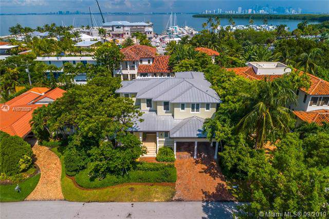 215 Buttonwood Drive, Key Biscayne, FL 33149 (MLS #A10735597) :: United Realty Group