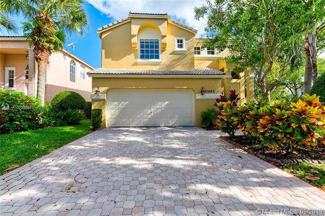 11405 NW 48th Ct, Coral Springs, FL 33076 (MLS #A10736064) :: The Kurz Team