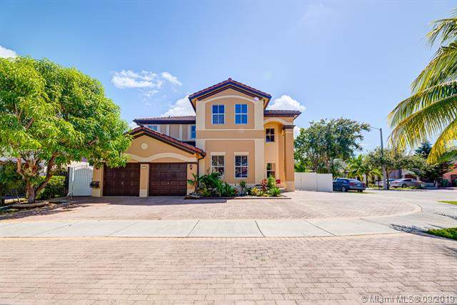 18117 NW 89th Pl, Hialeah, FL 33018 (MLS #A10736154) :: Ray De Leon with One Sotheby's International Realty