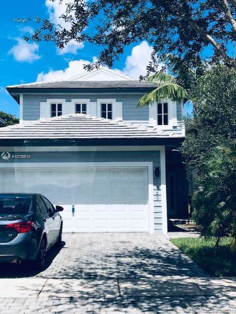 3169 SE 2nd Dr, Homestead, FL 33033 (MLS #A10736614) :: Berkshire Hathaway HomeServices EWM Realty
