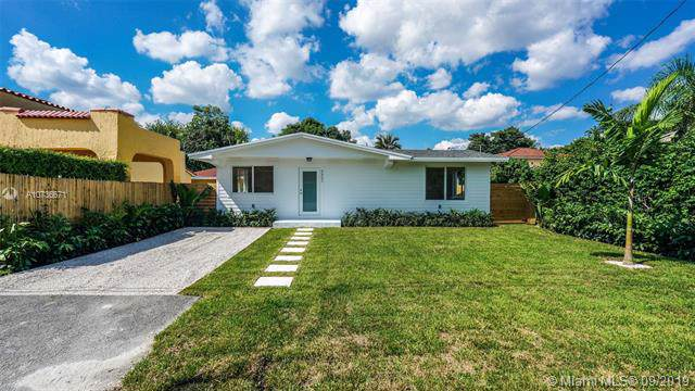 3321 Frow Ave, Miami, FL 33133 (MLS #A10736671) :: Laurie Finkelstein Reader Team