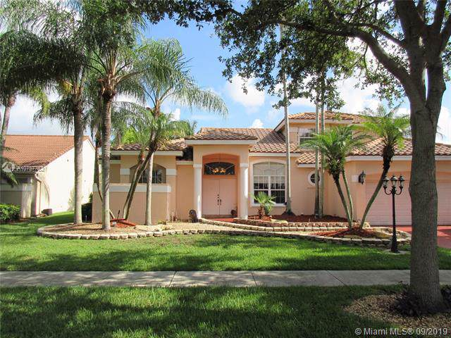 10835 Richmond Pl, Cooper City, FL 33026 (MLS #A10737782) :: The Teri Arbogast Team at Keller Williams Partners SW