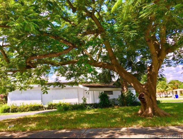 4141 NE 19th Ave, Pompano Beach, FL 33064 (MLS #A10738204) :: Ray De Leon with One Sotheby's International Realty