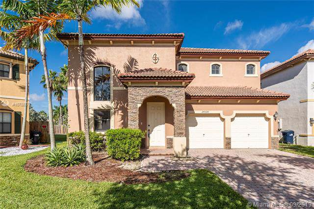 24326 SW 114th Path, Homestead, FL 33032 (MLS #A10738379) :: Ray De Leon with One Sotheby's International Realty