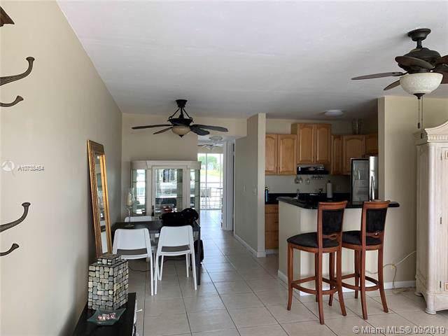 47 Kent C #47, West Palm Beach, FL 33417 (MLS #A10738454) :: Laurie Finkelstein Reader Team
