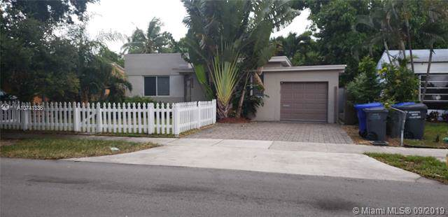 2534 Washington St, Hollywood, FL 33020 (#A10741336) :: Real Estate Authority