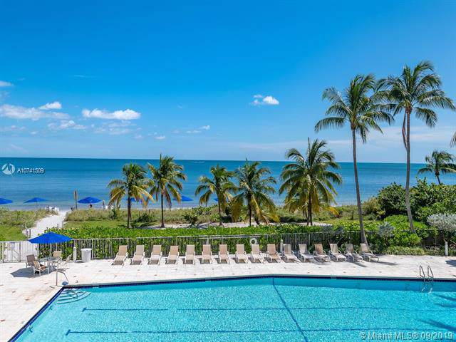 600 Grapetree Dr 3DS, Key Biscayne, FL 33149 (MLS #A10741509) :: United Realty Group