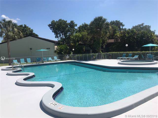 19432 NE 26th Ave 93D, Miami, FL 33180 (MLS #A10741730) :: Grove Properties