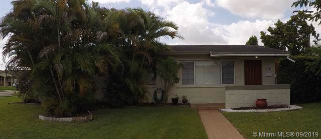1950 SW 89th Ave, Miami, FL 33165 (MLS #A10742004) :: The Riley Smith Group