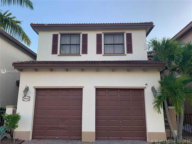 8908 SW 229th St, Cutler Bay, FL 33190 (MLS #A10742150) :: RE/MAX Presidential Real Estate Group