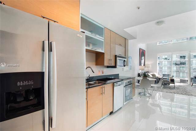 60 SW 13TH ST #3416, Miami, FL 33131 (MLS #A10744575) :: Green Realty Properties