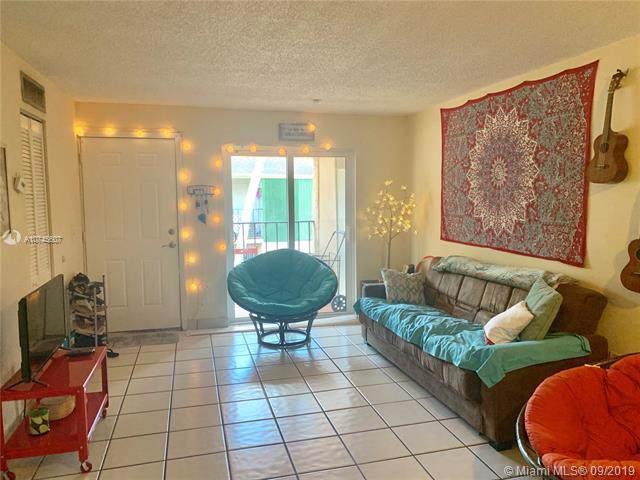 15695 SW 85th Ter #237, Miami, FL 33193 (MLS #A10745607) :: Castelli Real Estate Services