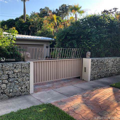 528 Giralda Ave, Coral Gables, FL 33134 (MLS #A10745885) :: Grove Properties
