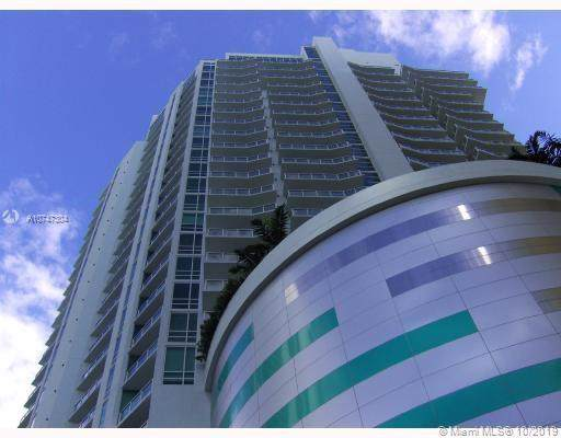 218 SE 14th St #2006, Miami, FL 33131 (MLS #A10747304) :: The Howland Group