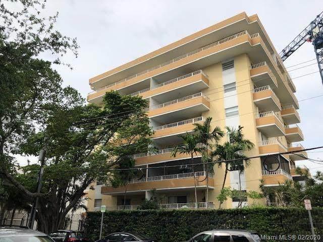 3304 Virginia St 2B, Miami, FL 33133 (MLS #A10747860) :: Berkshire Hathaway HomeServices EWM Realty