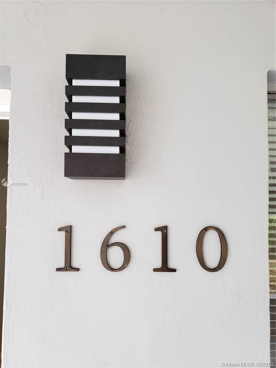 1610 71st Ave - Photo 1
