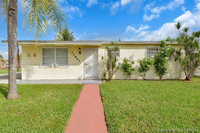 11903 SW 196th Ter, Miami, FL 33177 (MLS #A10756927) :: Grove Properties