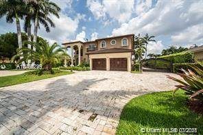 12229 SW 82nd Ter, Miami, FL 33183 (MLS #A10766749) :: The Rose Harris Group