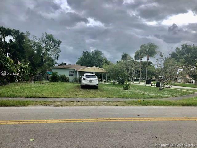 1801 NE 171st St, North Miami Beach, FL 33162 (MLS #A10769320) :: Grove Properties