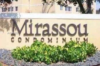 6045 NW 186th St #106, Hialeah, FL 33015 (MLS #A10789302) :: The Paiz Group