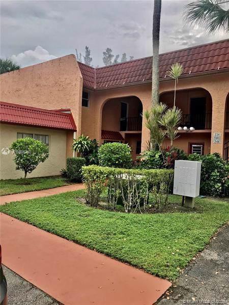 244 Lake Dora Dr #244, West Palm Beach, FL 33411 (MLS #A10806460) :: Albert Garcia Team