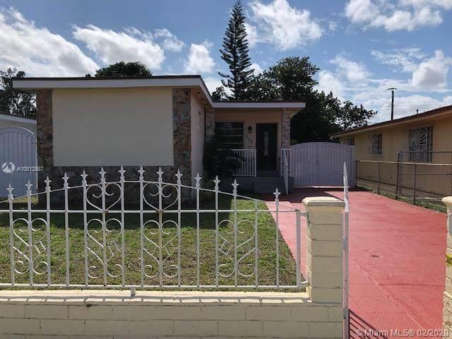 554 E 29th St, Hialeah, FL 33013 (MLS #A10812987) :: Berkshire Hathaway HomeServices EWM Realty