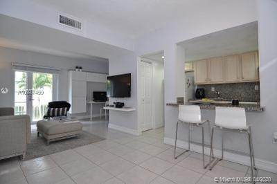 290 Sunrise Dr 2-D, Key Biscayne, FL 33149 (MLS #A10837499) :: The Riley Smith Group
