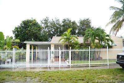 65 NE 68th St, Miami, FL 33138 (MLS #A10892053) :: Green Realty Properties