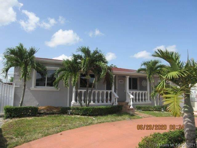 444 E 42nd St, Hialeah, FL 33013 (MLS #A10894152) :: Laurie Finkelstein Reader Team