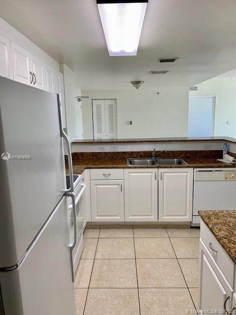 215 SW 42nd Ave #604, Miami, FL 33134 (MLS #A10909058) :: Berkshire Hathaway HomeServices EWM Realty