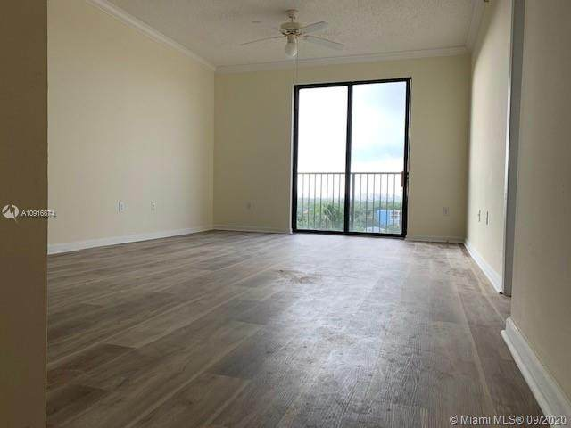 1919 Van Buren St 807A, Hollywood, FL 33020 (MLS #A10916674) :: Carole Smith Real Estate Team