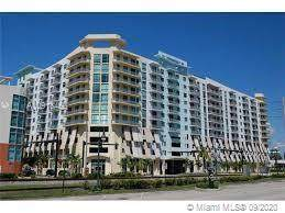 140 S Dixie Hwy #922, Hollywood, FL 33020 (MLS #A10918460) :: The Teri Arbogast Team at Keller Williams Partners SW