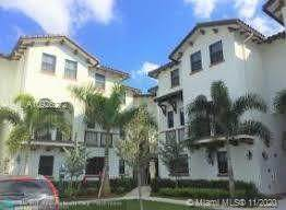 10630 NW 88th St #103, Doral, FL 33178 (MLS #A10926272) :: The Teri Arbogast Team at Keller Williams Partners SW